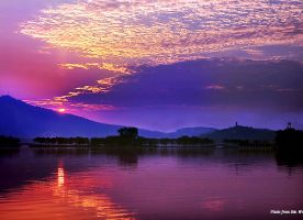 Dawn of Xuanwu Lake