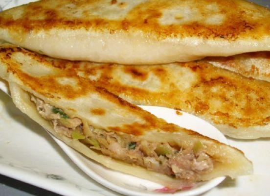 Pan fried beef dumpling Niurou Guotie