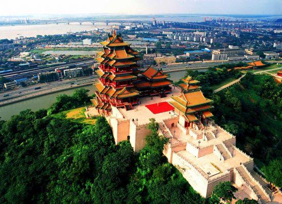 Yuejiang Pavilion Nanjing Trip Attraction